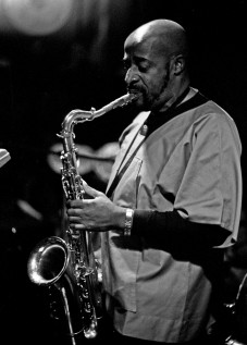 Yusef_Lateef_1971_Hamburg_(Heinrich_Klaff_Collection_2)