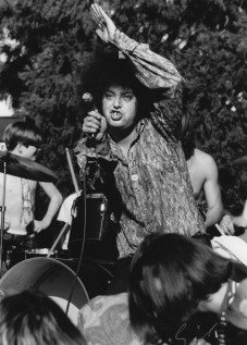 Rob Tyner at Provo Park in Berkeley on Sunday March 23, 1969, photo by Emil Bacilla